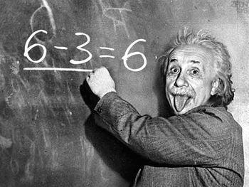 Albert-Einstein-God