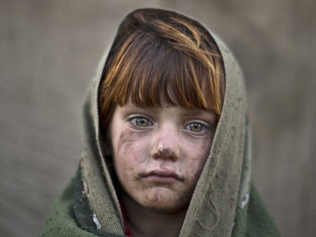 afghan-child-refugee