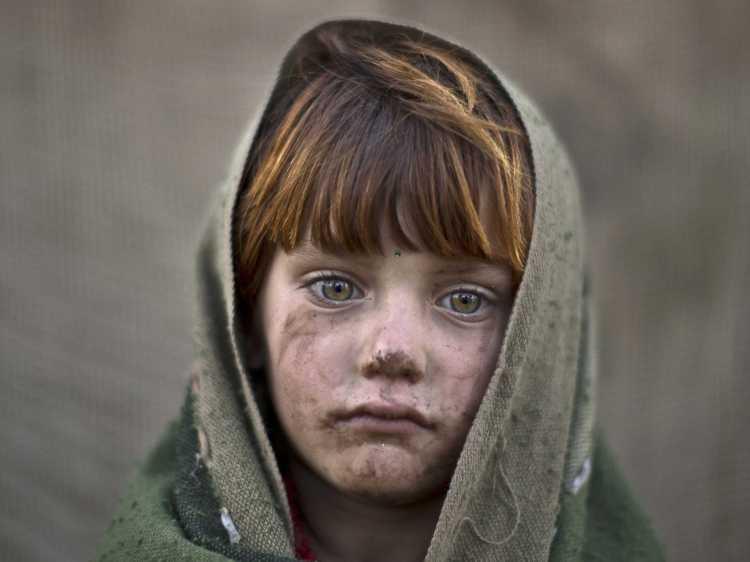 afghan-child-refugee