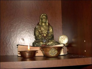 meditating-jesus-25
